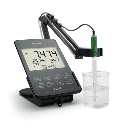 HI2020-01  edge® Multiparameter pH Meter