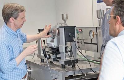 Innovación en equipos de videomedición de ángulo de contacto de DataPhysics